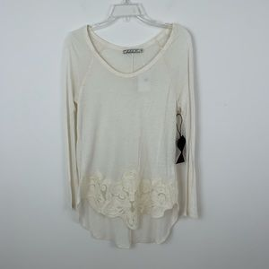 NWT Chloe K Cream Lace Trimmed Long Sleeve Blouse